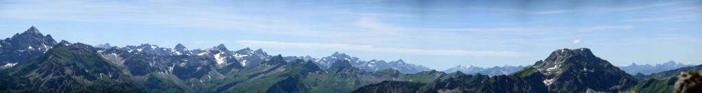 Allgäuer Alpen - links Hochvogel