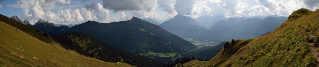 Blick Richtung Reutte / Lechtal
