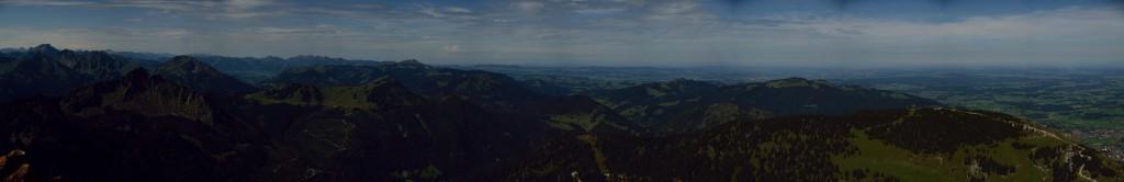 Blick nach Norden mit Einstein, Schönkahler und Breitenberg, rechts Pfronten